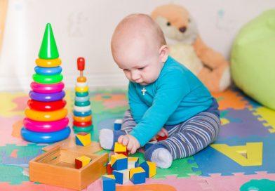 تنمية مهارات الاطفال-عشرألعاب مناسبة لطفلك من عمر سنة حتى سنتين