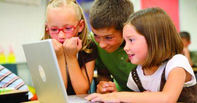 تعليم البرمجة مجانا للاطفال