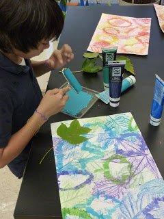 أعمال فنية مدرسية بورق الشجر سهلة