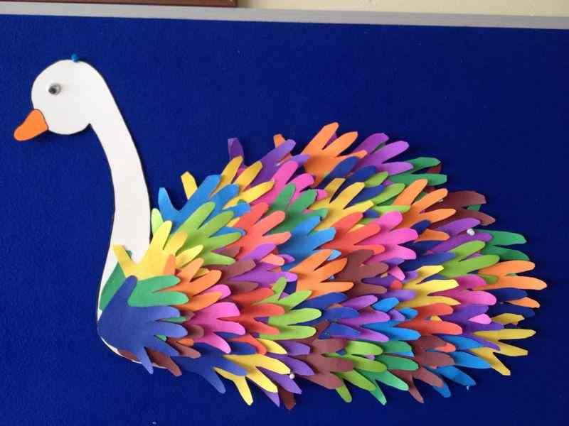 أعمال فنية للاطفال بالورق الملون